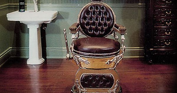 Man Cave Barber Rouse Hill : Barber chair from the world s oldest full service