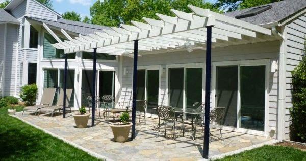 Aménagement terrasse:quel matériau pour pergola auvent?  Deco ...