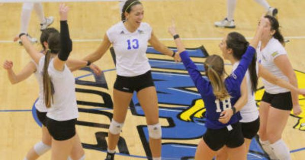 Csub Advances To Wac Finals For 3rd Year In A Row Volleyball News Volleyball Tournaments Athlete