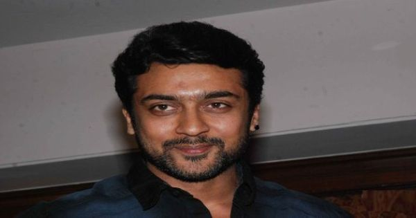 Suriya Teased By Fans In Masss Shooting Spot Tease Appealing Compare