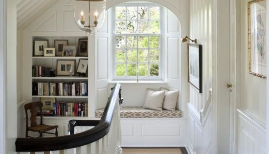 Love the reading nook and arch. Great details in a usually underutilized