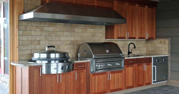 Naturekast Outdoor Summer Kitchen Cabinet Gallery: Outdoor Kitchen With Lynx Professional Grill,Gorgeous Wood