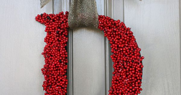 I will do this for the kitchen window or front doors. Christmas