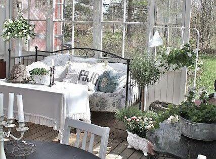 30 id es pour am nager un porche ou une v randa en hiver verandas shabby and porch - Outdoor amenager ...