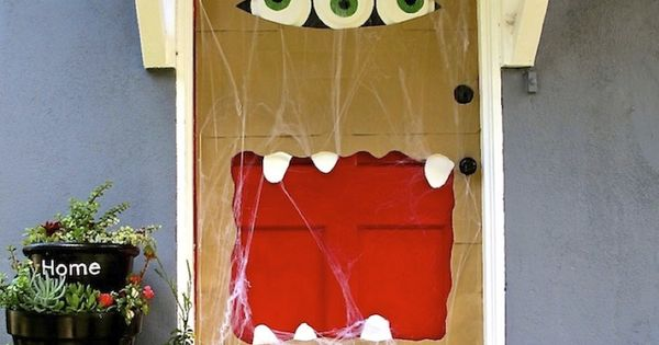 Paper bag door monster with paper plate eyes! Fun how-to included...a great