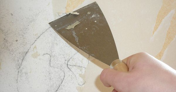 How to Remove Wallpaper Glue, should've seen this earlier ...
