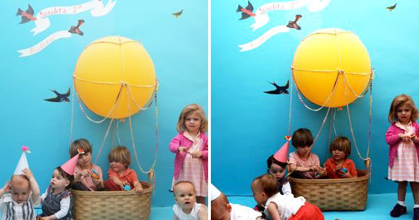 DIY hot air balloon photo booth for kids party. All kinds of