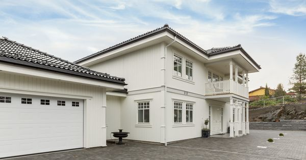 ladegaard bygget av boligpartner ski herskapelige hus pinterest hus house och inspiration. Black Bedroom Furniture Sets. Home Design Ideas