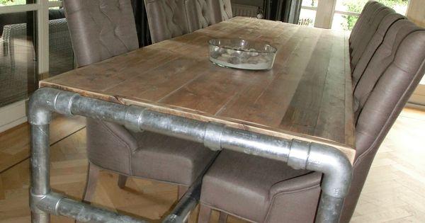 Tafel van steigerhout met steigerbuizen onderstel verlijmd gegrandeerd geen kiervorming - Tafel josephine wereldje van het huis ...