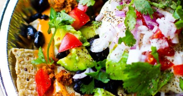 Vegan Nachos for Cinco de Mayo. vegan mexican recipe vegan recipes healthy