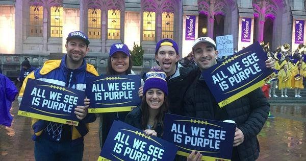 Pin By Grace Vansickle On University Of Washington In 2021 Usc Espn Gameday