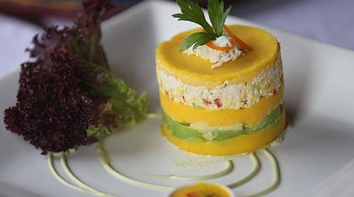 Causa Rellena De Pollo Espacio Gastronomico Peruvian Recipes Peruvian Dishes Peruvian Cuisine