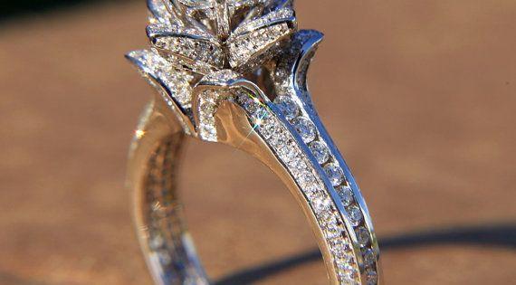 Flower Rose Diamond 2.20 carat - 14K white gold