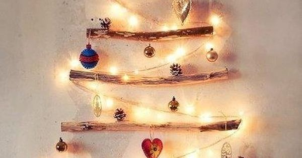 Holiday Decorations for the wall | Christmas tree on the wall. Cute!