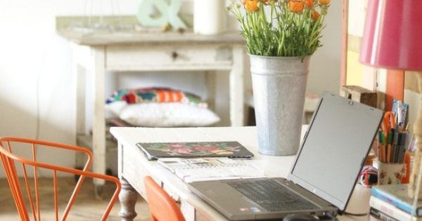 20 home office decorating ideas to draw spring into your for Decoracion hogar leopardo