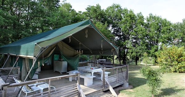 camping les ormes into the wild pinterest camping tents and outdoor spaces. Black Bedroom Furniture Sets. Home Design Ideas