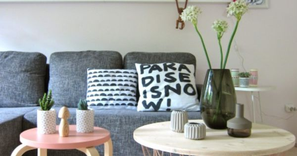 ist der ikea hocker mit dem ferm korb ich mag es sehr living room cozy reading corners. Black Bedroom Furniture Sets. Home Design Ideas