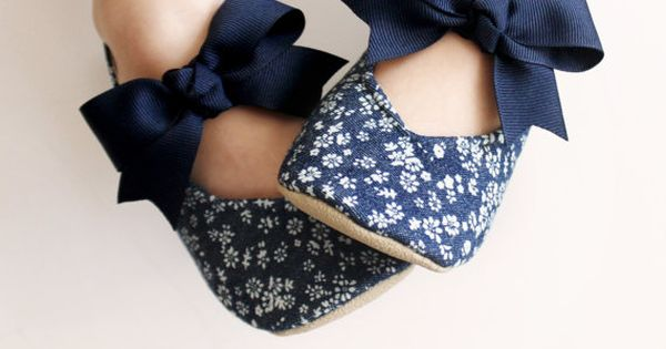 Toddler Girl Shoes Baby Shoes Infant Shoes Soft by BitsyBlossom