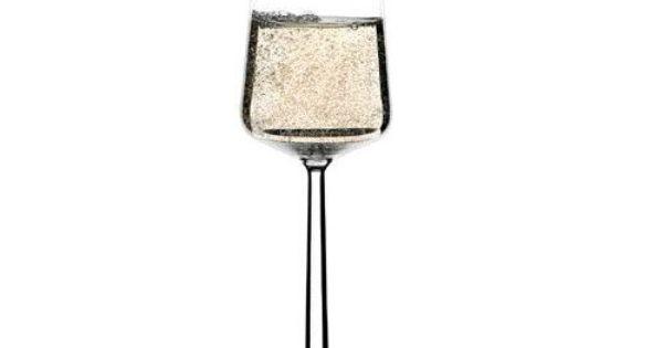 essence champagneglas alfredo h berli iittala products i love pinterest. Black Bedroom Furniture Sets. Home Design Ideas