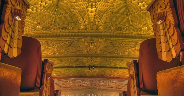 Inside The Paramount Theater Oakland Art Deco Architecture Art Deco Art Deco Design