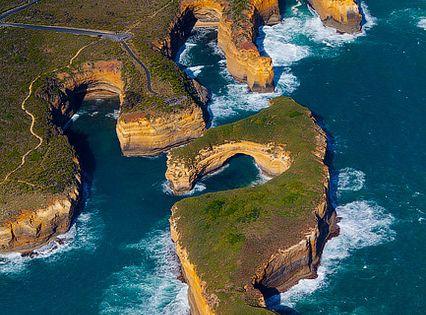 12 Apostles, Great Ocean Road, Victoria, Australia.