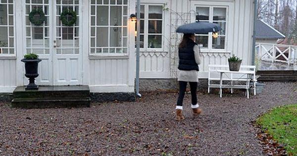 einfahrt kies statt pflaster ideen haus pinterest schweden einfahrt und schwedenhaus. Black Bedroom Furniture Sets. Home Design Ideas
