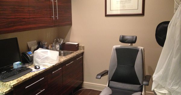 Dr J 39 S Exam Room New Optometry Office Pinterest The O 39 Jays Cab