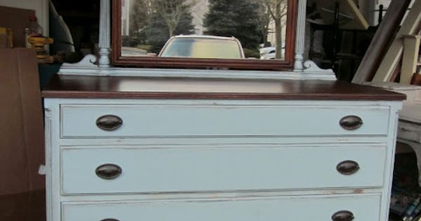 Uniquely Chic Furniture: Me Again...Doin' the Blue Gray Dresser Thing