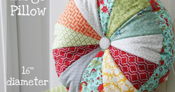 Tutorial: Sprocket Pillows -Cute Pillow! Wouldn't this be nice from the materials
