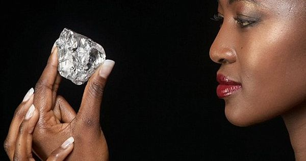 south africa: diamond in the rough essay Ethical movie review: blood diamond essay  discovered in south africa in 1872 the effects the diamond mining had  essay clean cut diamonds with a rough.