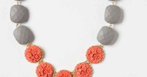 Amborella Necklace anthropologie - Love the color combo