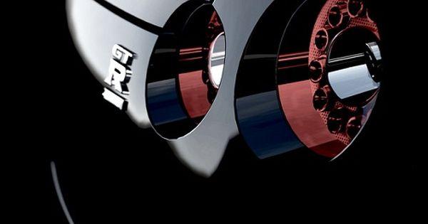 Nissan GT -R