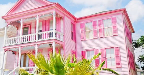 Big pink house 1 cute pinterest pink house and for Big cute houses