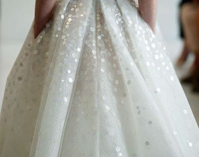 The way the chunky sequins look like polka dots. | 50 Gorgeous