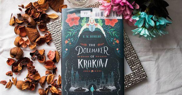 Livro The Dollmaker Of Krakow R M Romero Realismo Magico Resenhas De Livros Livros