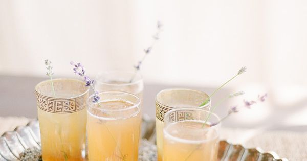 Lavender Honey Drop Cocktails...this just looks like a holiday party drink.