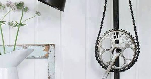 How to Achieve an Industrial Style / Salvaged & Repurposed Objects.