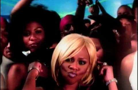 Ray J ft. Lil' Kim & Pharrell Wait A Minute