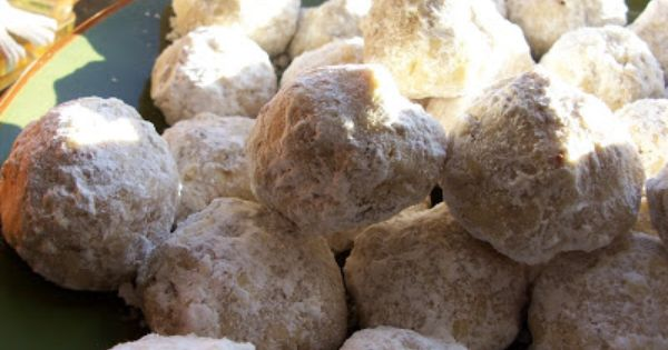 Cinnamon Mexican Wedding Cookies (aka Snowballs) Recipe ...