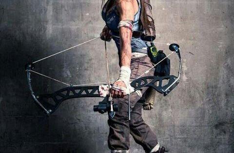 Lara croft tomb raider guerriers cosplay et arcs de tir - Tomb raider deguisement ...