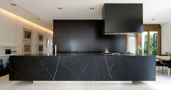 Black statement marble house and deco pinterest for Deco cocinas modernas