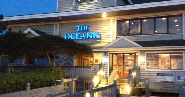 The oceanic restaurant places at wrightsville beach