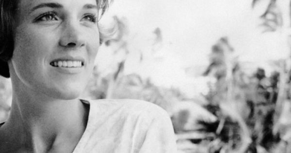 Julie Andrews - what a classic beauty!