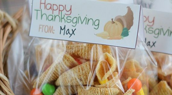 Cornucopia Snack Mix for kids at school thanksgiving snacks favors