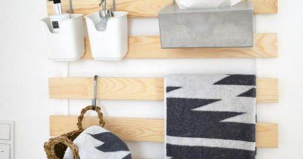 elle retire les lattes de son sommier ikea puis les accroche sur son mur ideas for the house. Black Bedroom Furniture Sets. Home Design Ideas