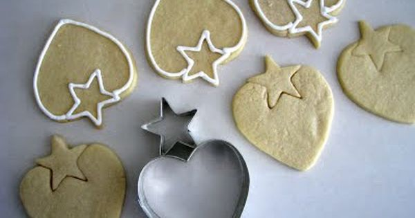 heart cookie cutter + star cookie cutter = strawberry cookie .... Perfect