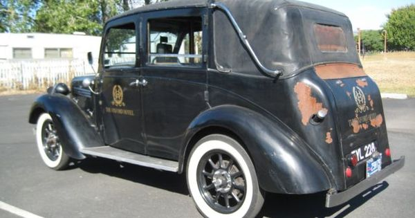 1935 Austin Heavy 12 4 London Taxi For Sale In The United States This Car Was Used To Transport Folks From The Oxford H London Taxi London Taxi Cab London Cab