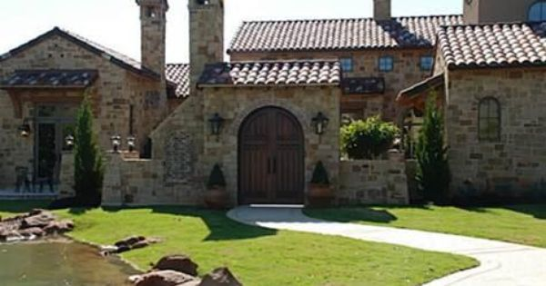 Stone tuscan exterior colleyville tx tuscan style for Tuscan roof design