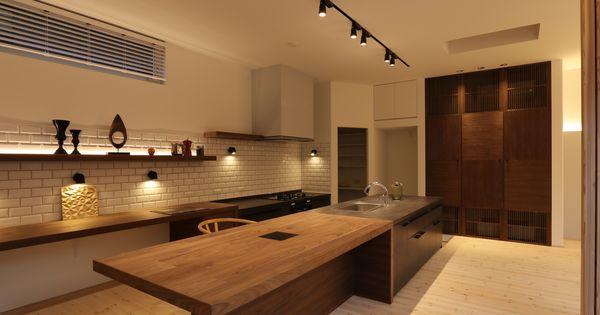 キッチンは Lixil リシェルを使用 セラミックトップのセパレートキッチン ガスコンロで火を使った料理をご希望 食洗機は海外製mile ミーレ のw45cmタイプ 大容量で洗浄力も高い キッチン部分の床を13cm下げている キッチンの天板とダイニングテーブルの天板