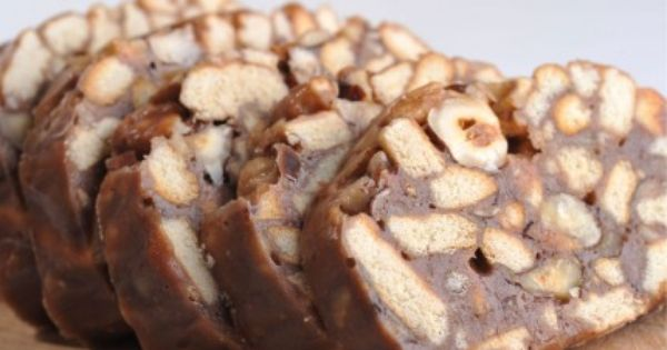 ليزي كيك بالبندق Recipe Arabic Sweets Food And Drink International Recipes